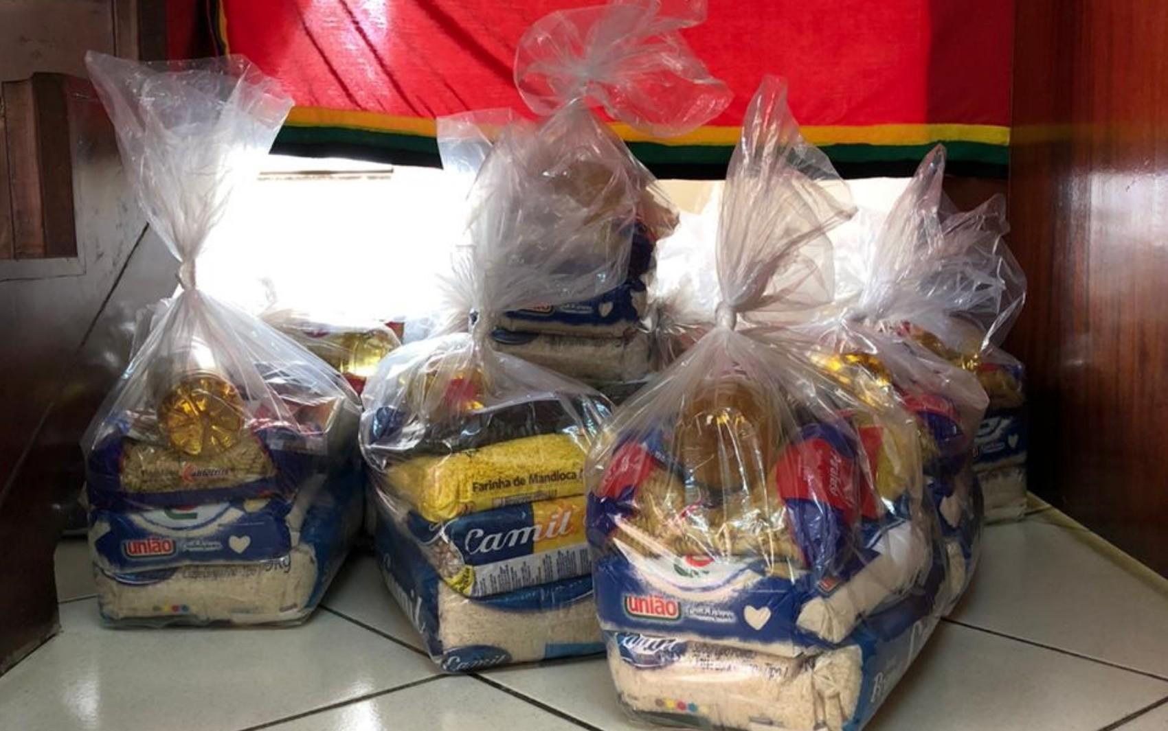 Sindicatos vão distribuir cestas básicas, máscaras e produtos de higiene no Dia do Trabalho, em Goiânia