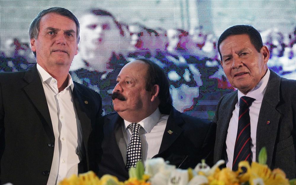 Comente Brunolobo - Página 42 Bolsonaro_PnH3Gon