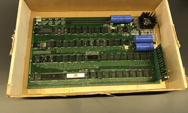 Um dos raríssimos computadores Apple I ficará em exibição