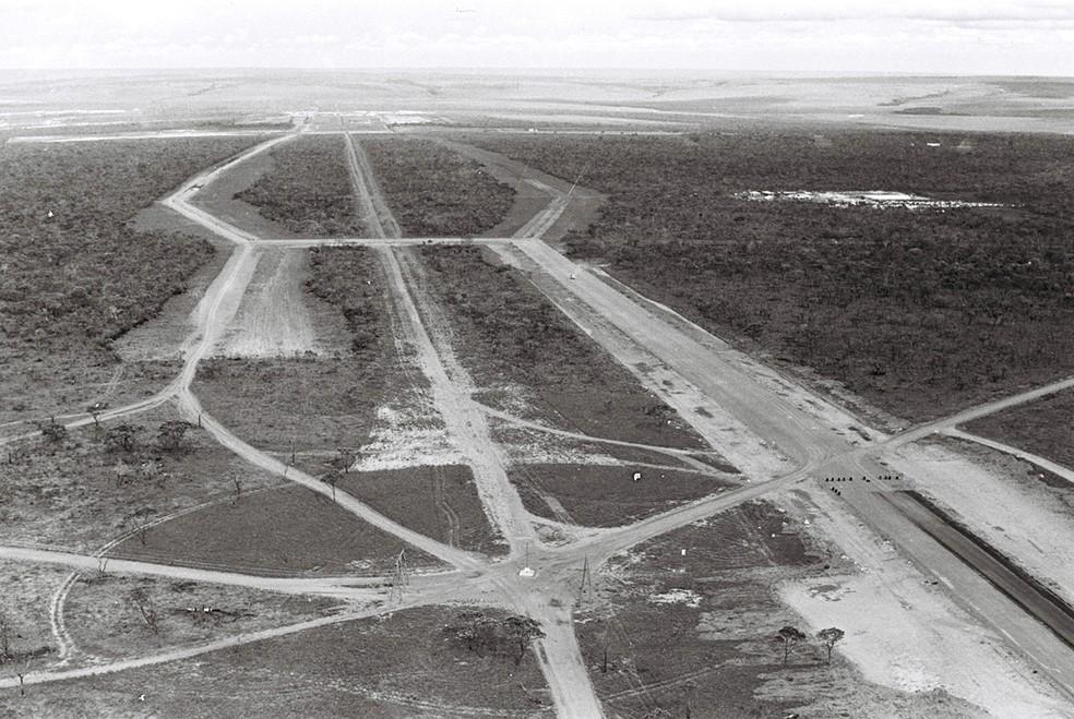 Praça do Cruzeiro, abril de 1955 — Foto: Arquivo Público-DF/Divulgação