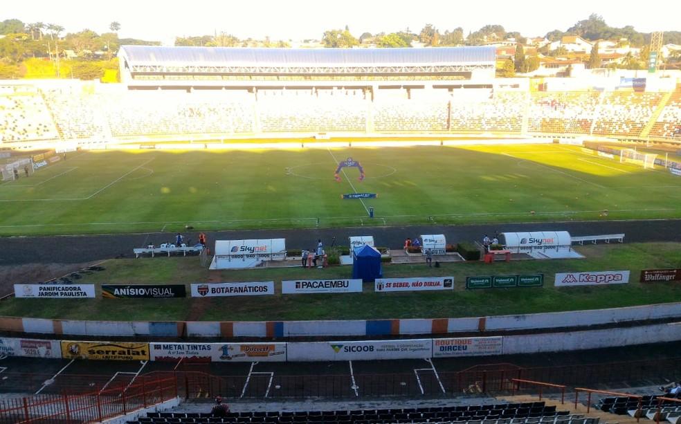 c8545cdce3 ... Estádio Santa Cruz será palco de Botafogo x Vitória no jogo inaugural  da Série B —