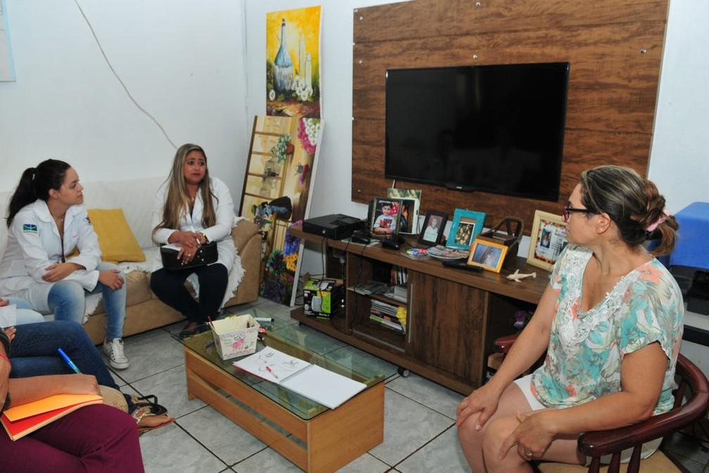 Visita do programa Estratégia Saúde da Família em Brasília. Entidades temem por precarização de recursos (Foto:  Tony Winston/Agência Brasília)