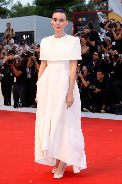 Rooney Mara on the red carpet for the screening of 'Joker' during the 76st Venice Film Festival at the 31 on August Sala Grande, 2019 in Venice, Italy. (Photo by: P. Lehman) (Photo credit should read P. Lehman / Barcroft Media via Getty Images) (Foto: Barcroft Media via Getty Images)