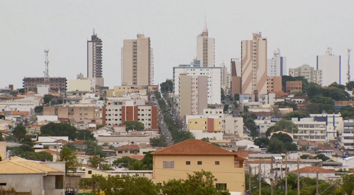 Com maior ocupação em leitos de UTI do Sul de MG, Alfenas bate recorde de casos de Covid-19 | Sul de Minas | G1