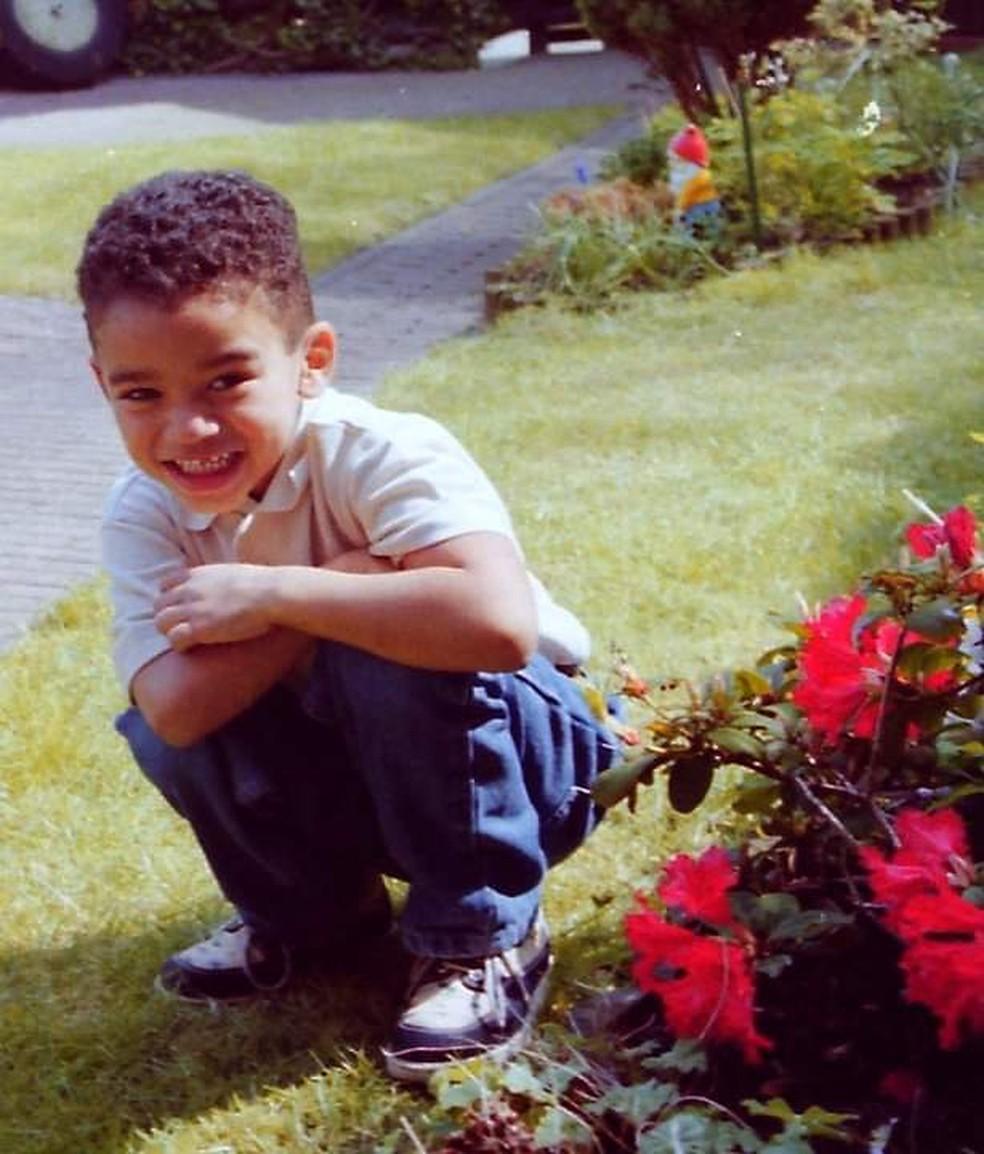 Caio foi adotado aos 3 anos e família o levou para a Holanda — Foto: Arquivo Pessoal