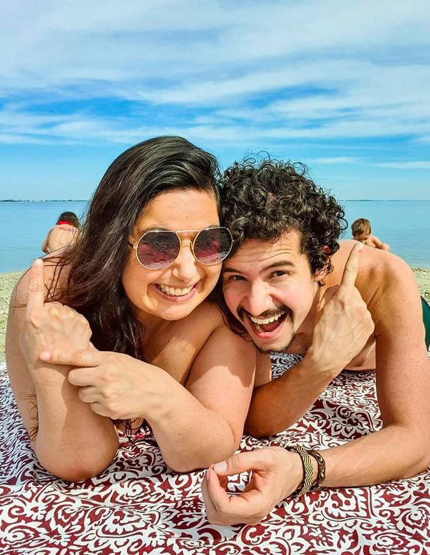 Mariana Xavier com namorado e enteados (Foto: Reprodução/Instagram)