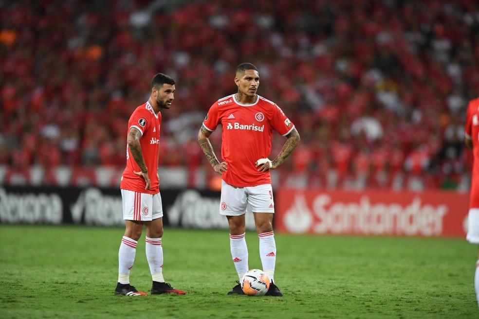 Boschilia e Guerrero não atuam mais em 2020 — Foto: Ricardo Duarte / Internacional
