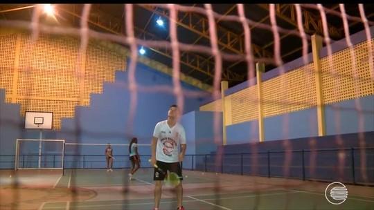 "Líderes do ranking nacional ficam fora do Pan Jr de badminton por equipes e desabafam: ""Frustrado"""