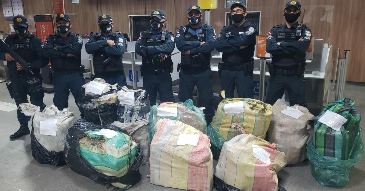 Cerca de 400kg de cocaína e maconha são apreendidos pela Polícia Militar em Santarém