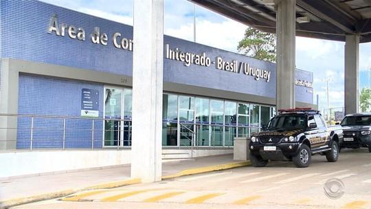Falta de fiscalização facilita entrada de mercadorias ilegais em Aceguá, na fronteira do Brasil com o Uruguai