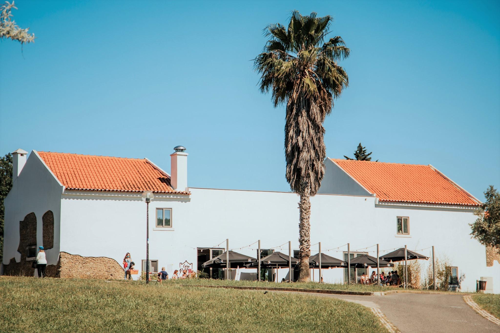 O restaurante Casa de Pedra, no Parque da Bela Vista, em Lisboa