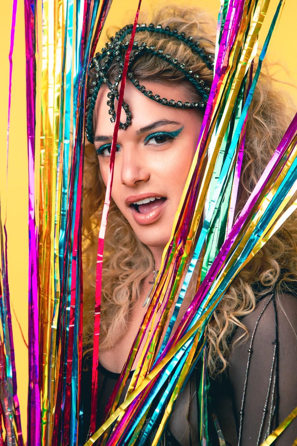 Glamour Garcia revela ao Gshow detalhes de sua fantasia para estrear apoteótica na Avenida  — Foto: Fabiano Battaglin/Gshow