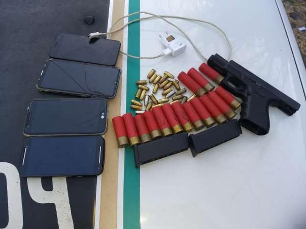 Homens armados prenderam três adolescentes em uma casa de praia na Grande Fortaleza — Foto: Reprodução/PMCE