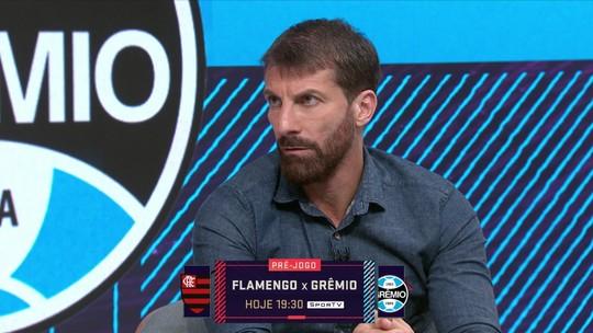 """Pedrinho lembra importância de Bandeira de Mello no crescimento do Flamengo: """"É o grande nome"""""""