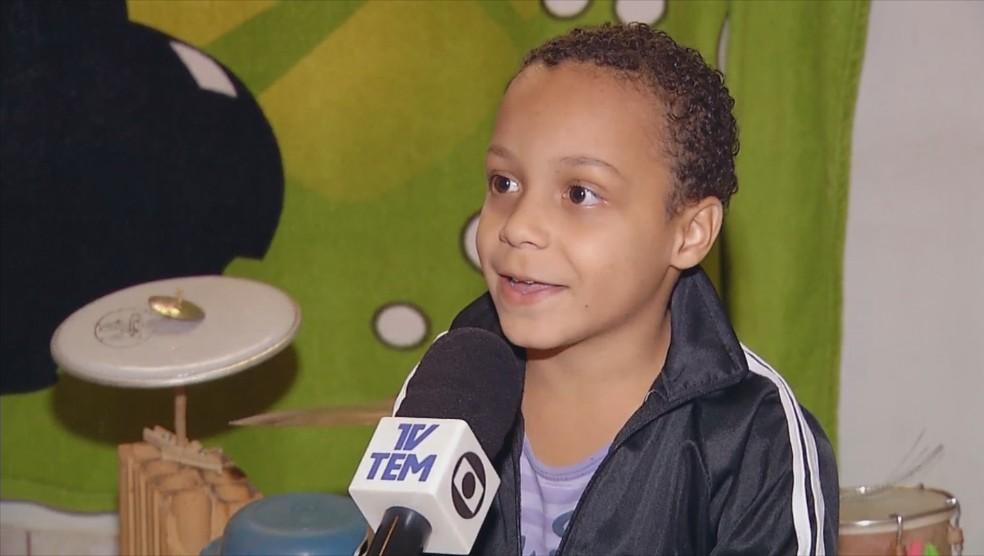 Criatividade de Miguel chamou a atenção de todos da família  — Foto: Reprodução/TV TEM
