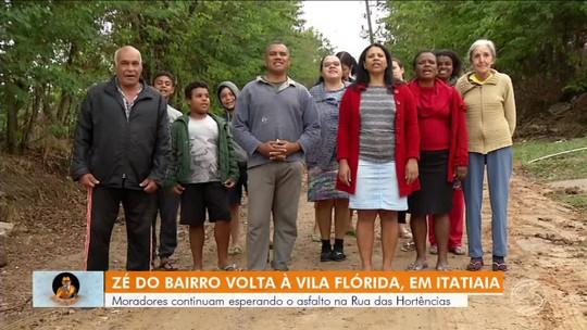 Zé do Bairro visita pela segunda vez rua sem asfalto em Itatiaia