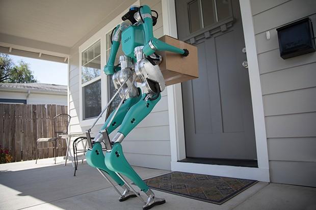 O robô autônomo da Ford em parceria com a Agility Robotics foi batizado de Digit (Foto: Divulgação)