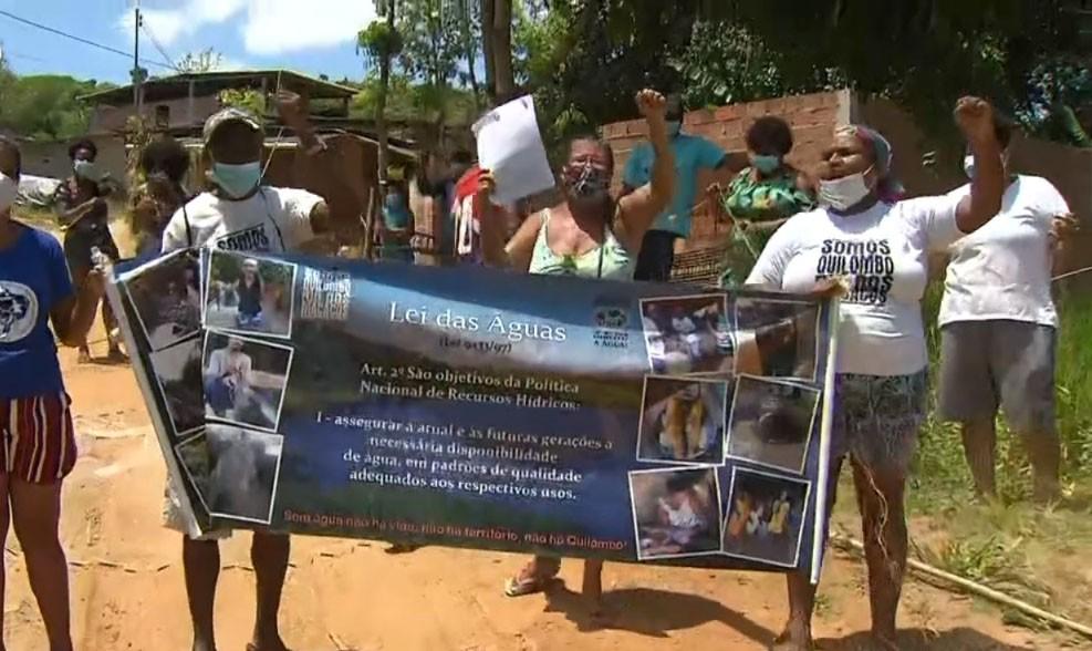 Quilombolas voltam a protestar após reintegração da Marinha que impede acesso a barragem na BA; DPU recorre de decisão judicial