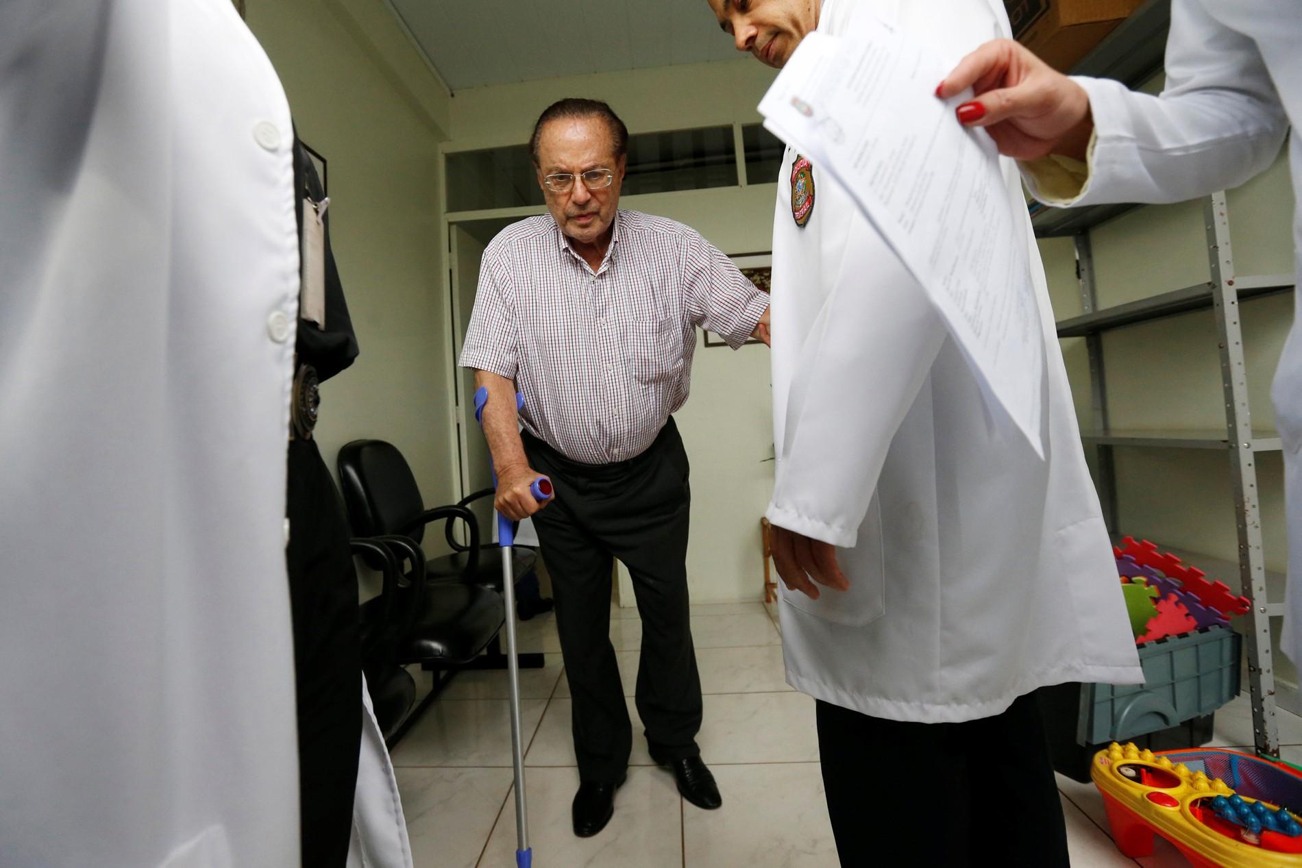 IML de Brasília diz que Maluf tem doença grave, mas pode permanecer na Papuda