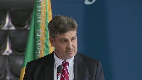 Procuradoria da República no DF decide apurar nomeação de ex-diretor da PF Fernando Segovia como adido na Itália