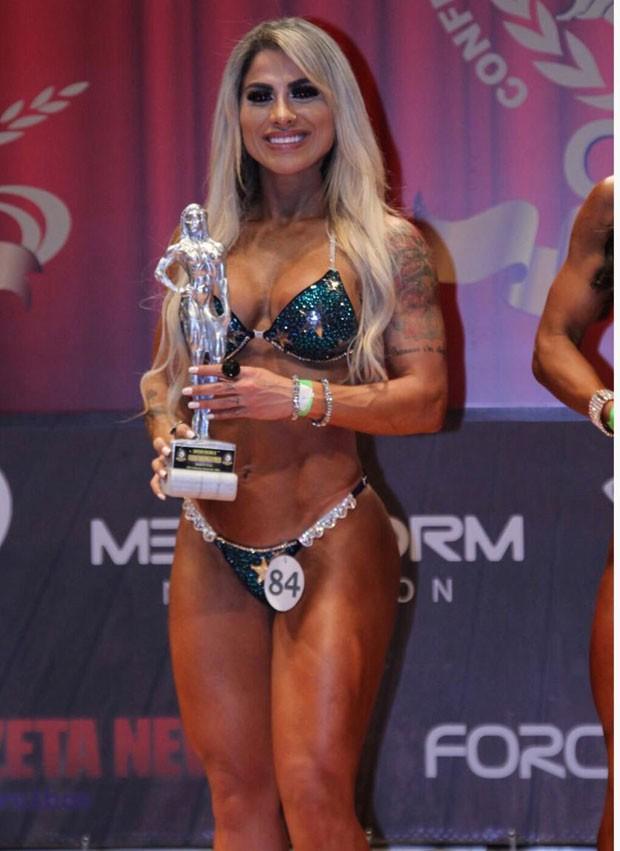 Vanessa Mesquita ficou em segundo lugar no Campeonato Brasileiro de WPBF em setembro (Foto: Arquivo pessoal)