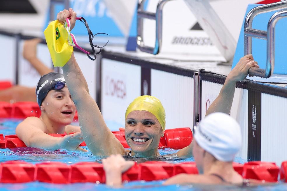 Maria Carolina Santiago é ouro nos 100m livre nas Paralimpíadas — Foto: Carmen Mandato/Getty Images