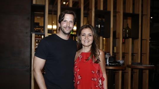 Adriana Esteves e Vladimir Brichta torcem por Malu Rodrigues na final do  'PopStar'