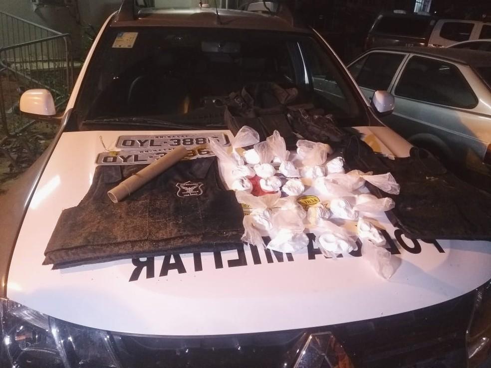 Ação da PM em Mãe Luíza chega ao 5º dia com 10 detidos e drogas apreendidas — Foto: Acson Freitas/Inter TV Cabugi