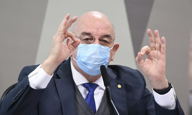 O deputado Osmar Terra em depoimento à CPI da Covid