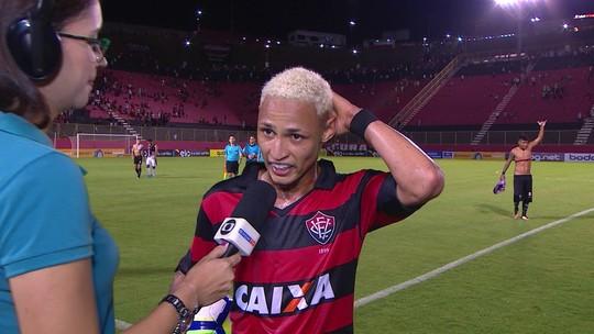 "Neílton analisa partida contra o Bragantino: ""Espírito Coletivo"""