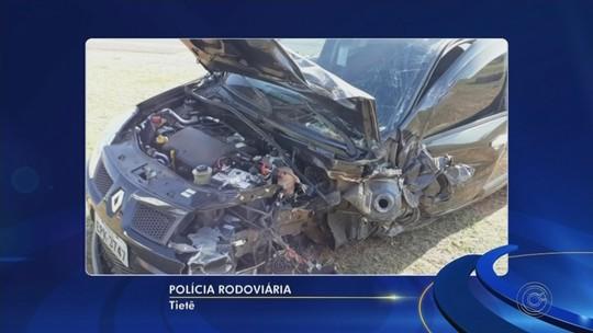 Duas pessoas ficam feridas ao sofrerem acidente em rodovia de Tietê