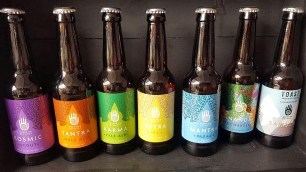 Número cada vez maior de cervejarias no Reino Unido tem se especializado em cervejas de baixo teor alcoólico ou sem álcool — Foto: BBC