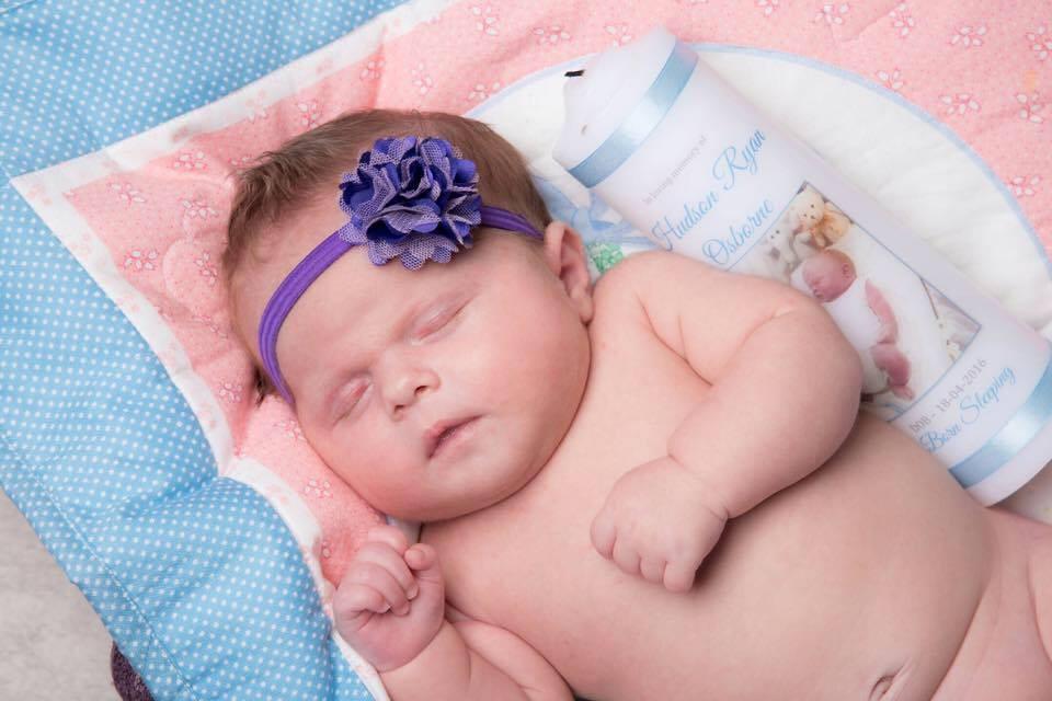 Tahlee nasceu saudável (Foto: Reprodução Facebook)
