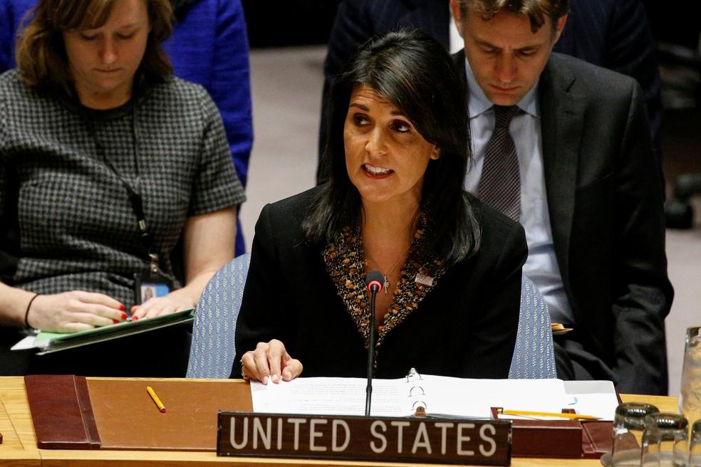 Nikki Haley, embaixadora dos EUA na ONU, fala durante sessão do Conselho de Segurança sobre o status de Jerusalém (Foto: Brendan McDermid/Reuters)