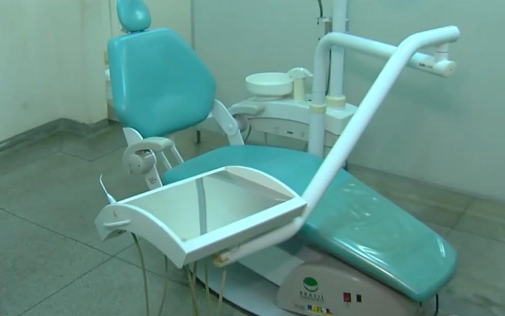 Dentistas da rede pública ficam sem poder atender pacientes por falta de material Goiânia (Foto: Reprodução/TV Anhanguera)