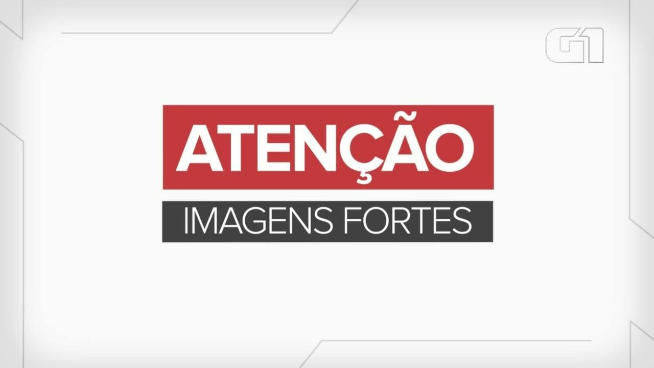 Câmera flagra corpo caindo em rua de Foz do Iguaçu
