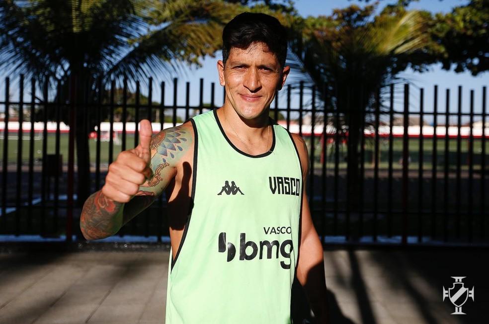 German Cano foi reavaliado em Goiânia e está liberado para jogar pelo Vasco — Foto: Rafael Ribeiro / Vasco