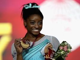 Simone Biles revela que vai disputar em 2020 última Olimpíada  (Francois Nel/Getty)