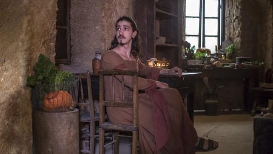 Veja os bastidores da prisão de Rodolfo em 'Deus Salve o Rei'