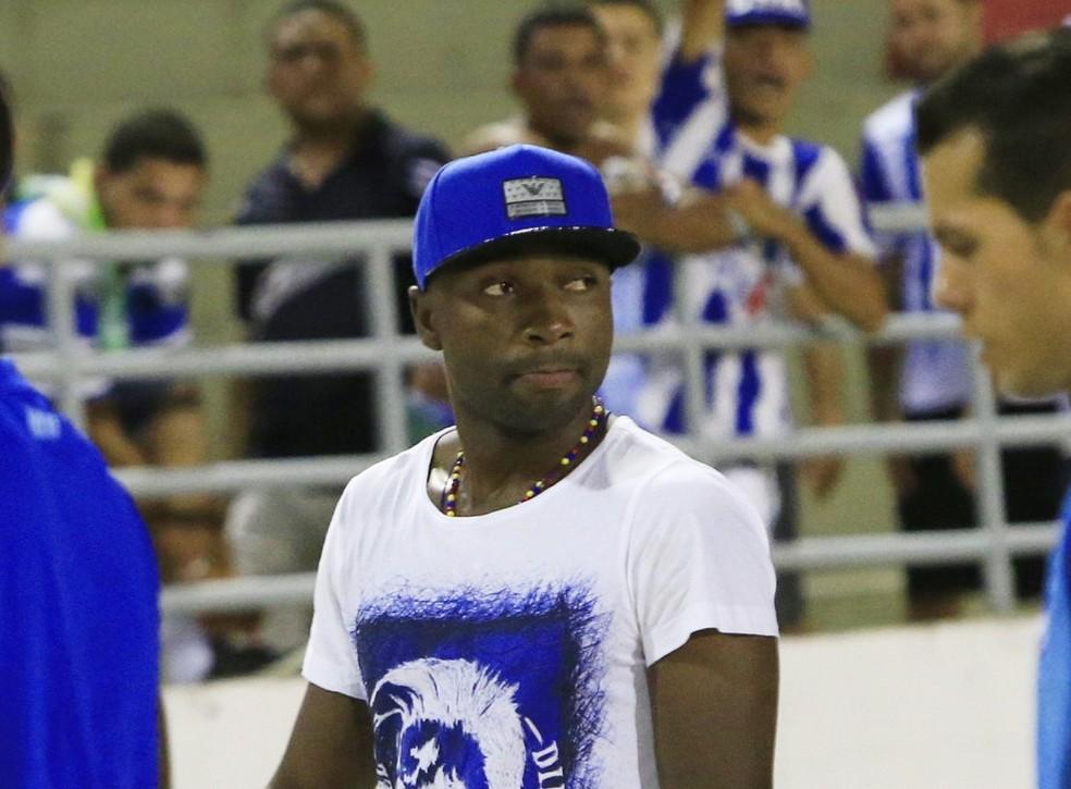 Pablo Armero, lateral do CSA — Foto: Ailton Cruz / Gazeta de Alagoas