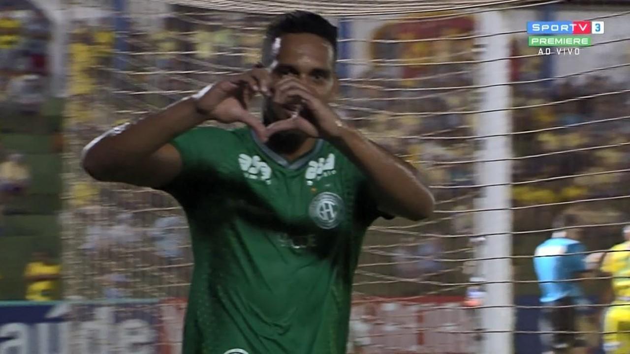 Gol do Guarani! Todinho aproveita cruzamento de Igor Henrique e marca aos 25' do 2º tempo