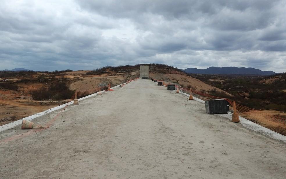 Barragem de Oiticica (Foto: Anderson Barbosa e Fred Carvalho/G1)