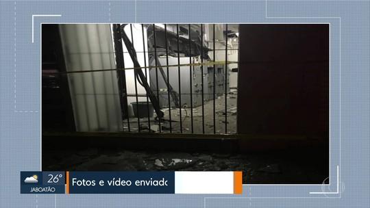 Bandidos explodem caixas eletrônicos em agência bancária no Agreste de Pernambuco