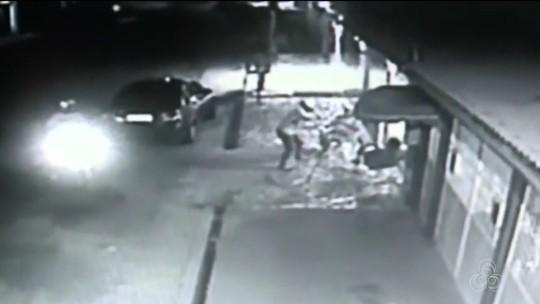 Vídeo mostra policial civil sendo baleado em frente à casa da família em Macapá
