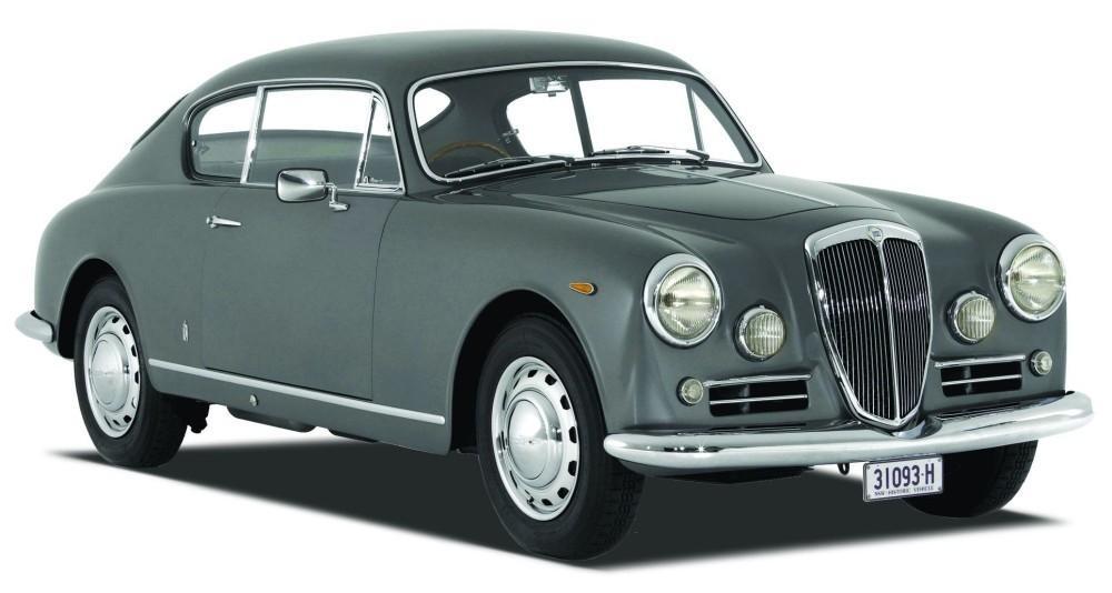 Lancia Aurelia 1956, considerado um dos carros mais bonitos de todos os tempos