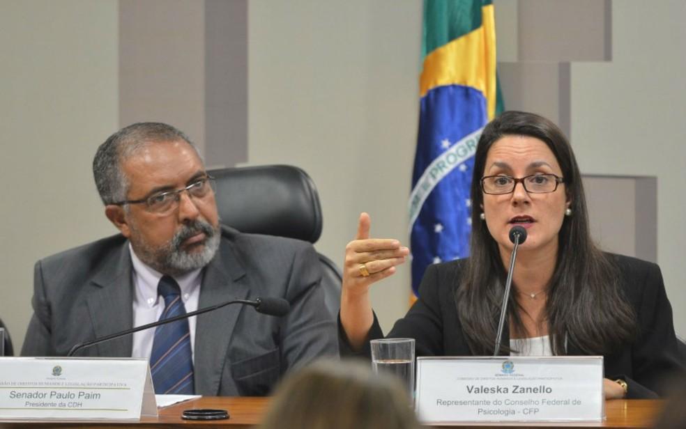 Valeska Zanello, doutora em psicologia pela Universidade de Brasília, quando integrava o Conselho Federal de Psicologia (Foto: Antônio Cruz/Agência Brasil/Divulgação)