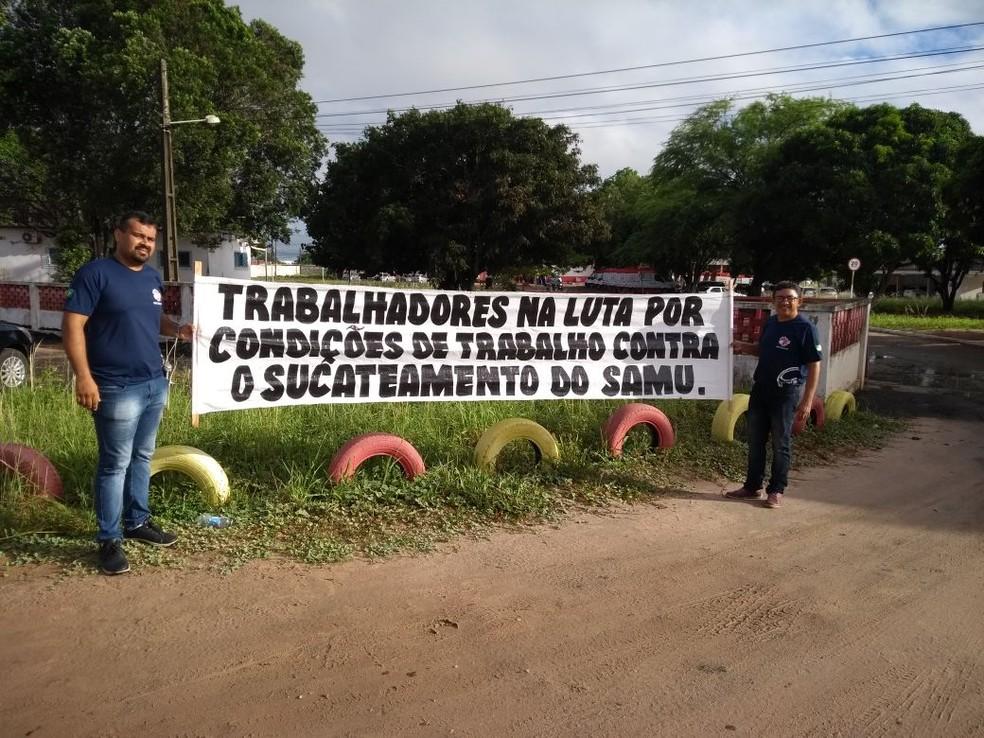 Servidores do Samu/RN fizeram manifestação devido a condições das ambulâncias na manhã desta quarta (28) (Foto: Sindsaúde/divulgação)