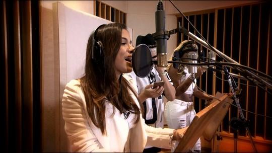 Anitta, MC Ludmilla e MC Gui cantam juntos pela primeira vez no Fantástico