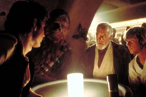 A cantina de Star Wars: Uma Nova Esperança (1977) que servirá de inspiração para a atração no parque da Disney (Foto: Reprodução)