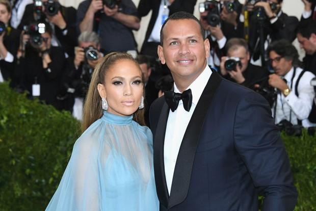 Jennifer Lopez compra apartamento em edifício residencial mais alto do mundo (Foto: Getty Images)